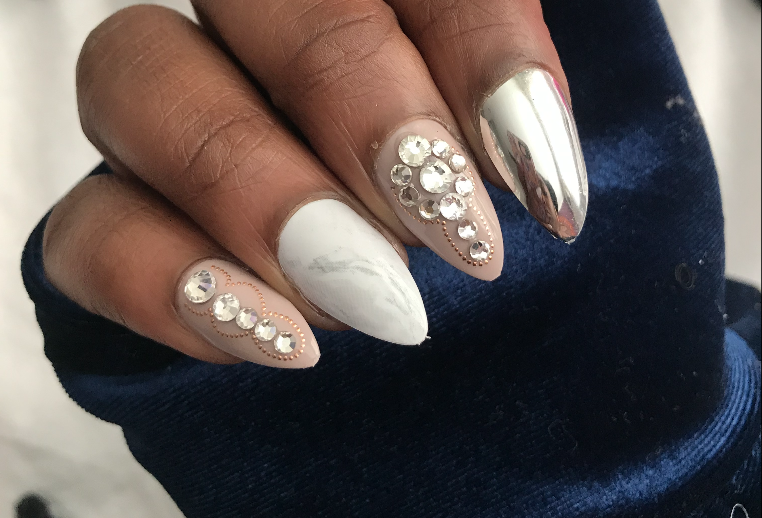 10 under $10 chic KISS press-on nails for those who are pressed for time